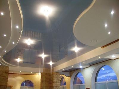 Уход за подвесными потолками