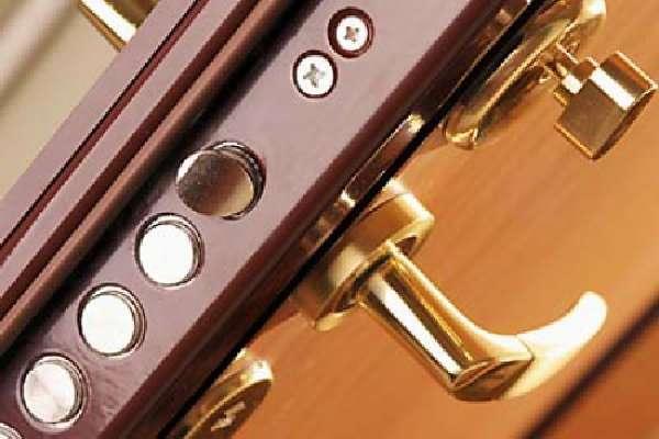 Особенности выбора замка для входной двери